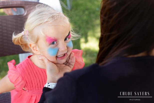 Face painting. February, 2019